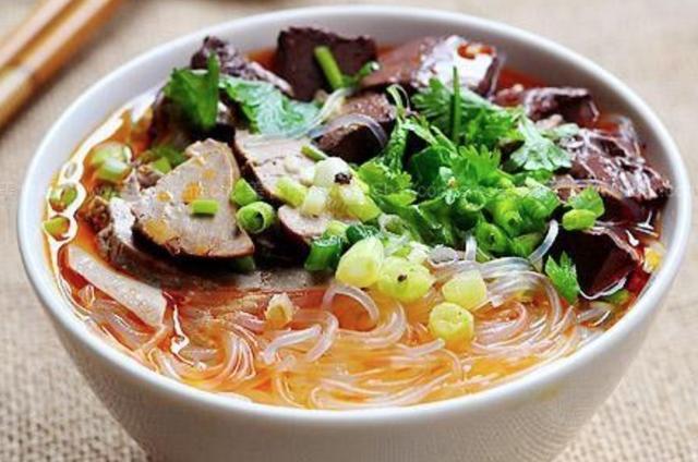 鸭血粉丝汤的做法,私家秘制,鸭血粉丝汤这么做才正宗
