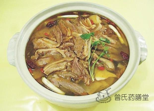 狗肉怎么做才能壮阳,巴戟杜仲炖排骨壮阳汤