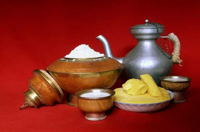 糌粑的吃法,藏族人吃的糌粑原来这么有营养