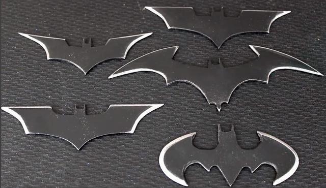 武器怎么做,用一块锯片,牛人手工制作一把酷炫蝙蝠侠的武器——蝙蝠镖