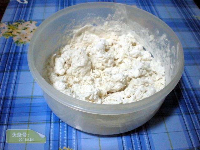 肉饼的做法,儿时妈妈的手艺,家常肉饼 又香又脆,做法简单,过年家庭必备
