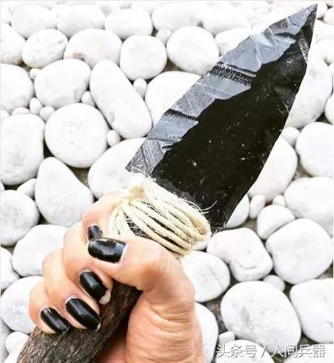 刀怎么做,这才是做刀的最高境界,用最原始的材料,制作一把石制刀具