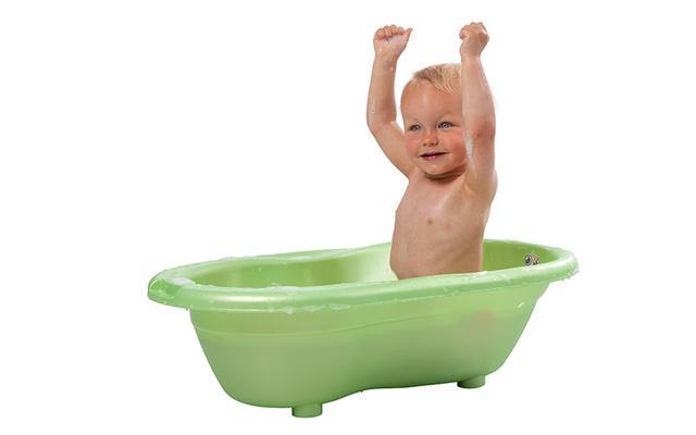 婴儿沐浴盆,如何给宝宝选购浴盆,这些事项须知道