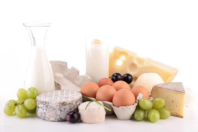 补钙的食物有哪些,到底哪些食物最补钙?牛奶只是其中之一,还有其他一些效果也不差
