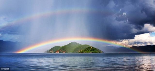 《虹》简介,一口气搞懂︱双彩虹,霓虹,微笑彩虹和月虹背后的物理原理
