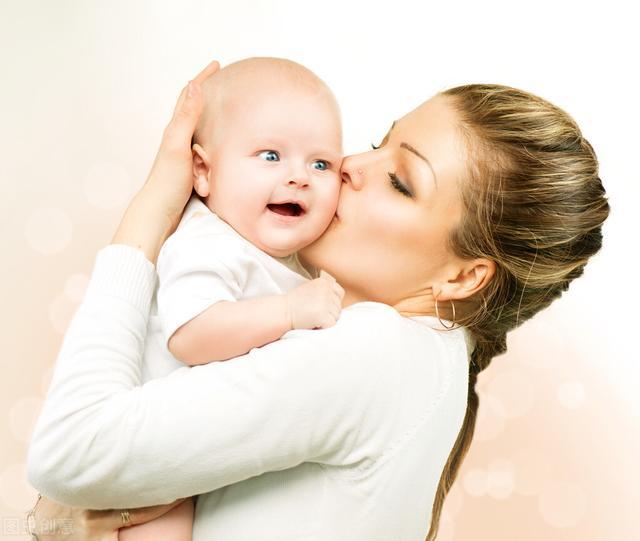 乳房头疼是怎么回事,妈妈母乳喂养小宝宝,出现头痛、肚子痛、乳房痛,如何解决?