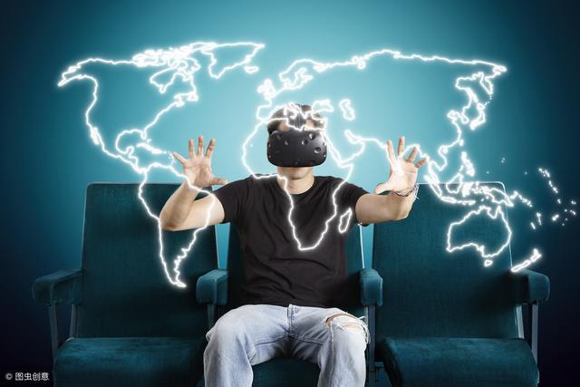 英语阅读基础版:The Virtual You vs the Real You(内附音频)
