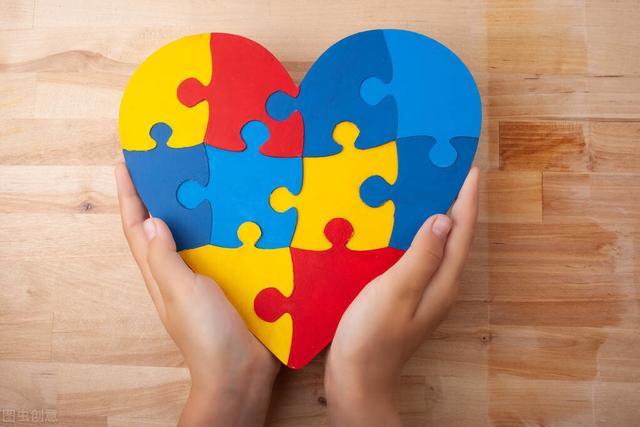 描写人物心理的成语,心理健康有四个特征