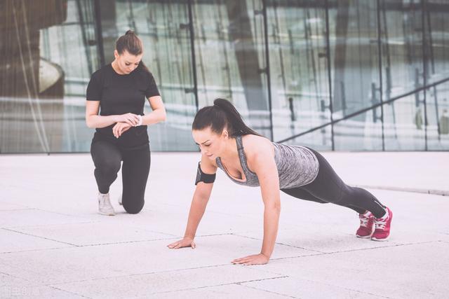 黄金的吃法,俯卧撑,一个黄金健身动作!俯卧撑的正确做法,你掌握了吗?