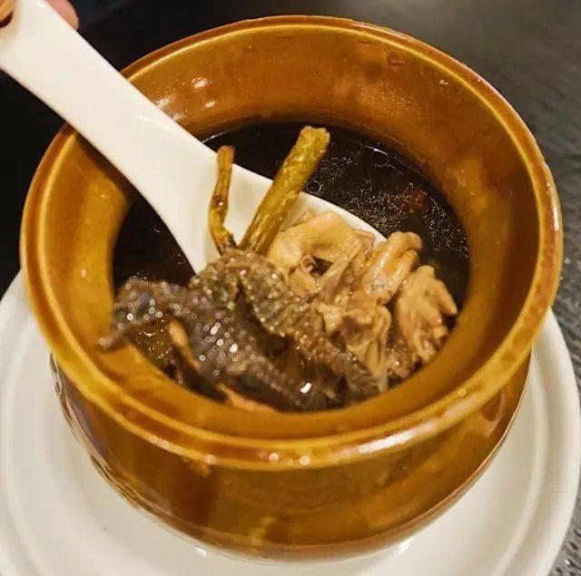 海马的功效与作用吃法,铁皮石斛海马滋补汤
