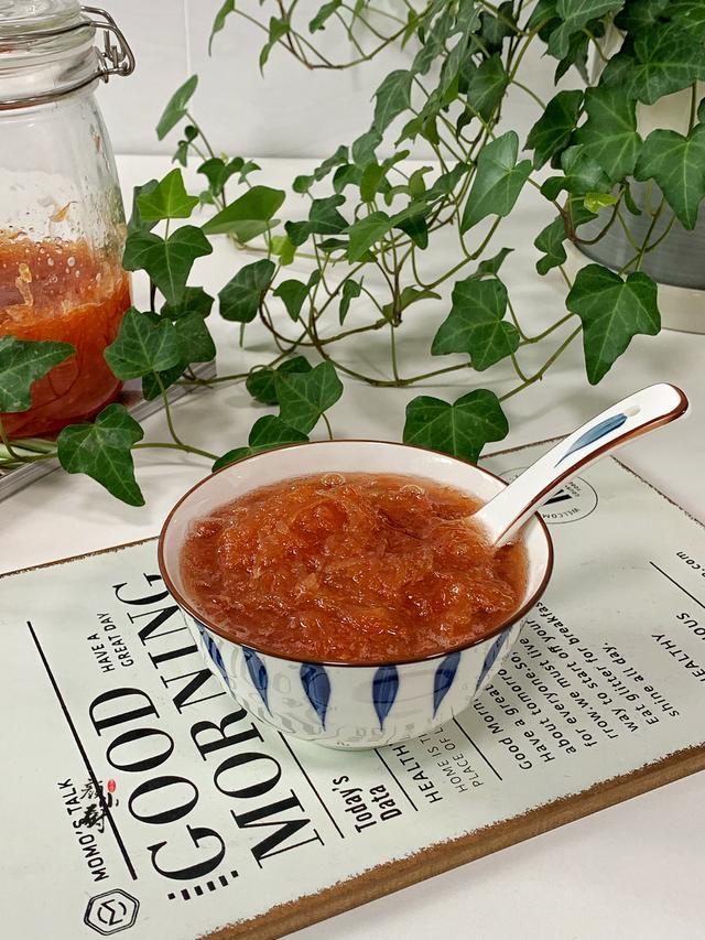 蜂蜜柚子茶怎么做,柚子别直接吃了,教你做蜂蜜柚子茶,酸酸甜甜,好喝又清香
