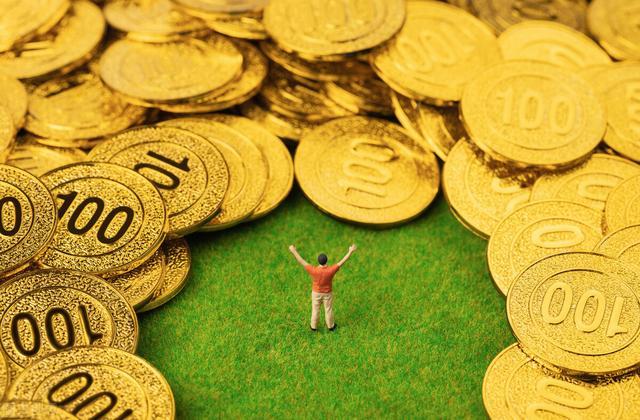 每一个人都期待自身能尽早完成财务自由,但究竟赚要多少钱才可以