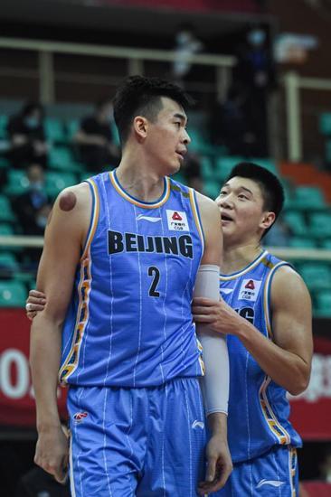 吉布森26分助北京淘汰深圳 率先挺进CBA八强