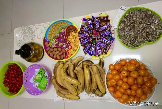 水果寓意,除夕夜,不管贫穷与富贵,餐桌上都要摆6种吉祥果,寓意牛气冲天