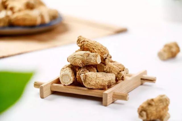 西洋参粉的吃法,会吃西洋参的人精神足,抵抗力不会差,这几种吃法送给你!