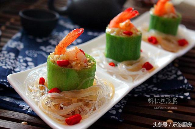 丝瓜的吃法,入伏后,多吃丝瓜益处多多,3种简单做法,清爽下饭