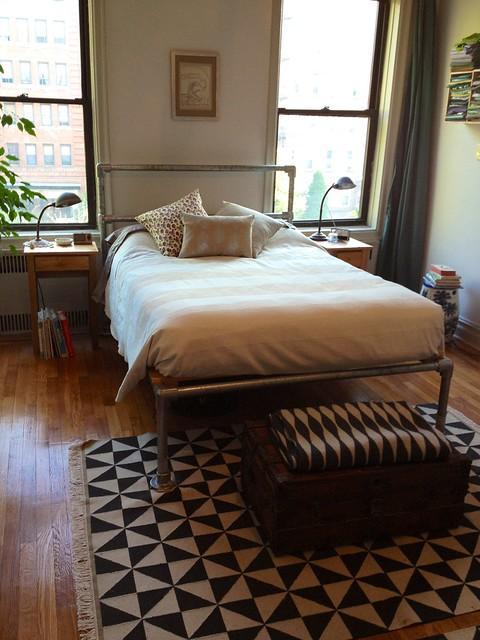 床怎么做,家里不用买床了,装修结束用钢管自制一张,600斤也睡不塌,结实