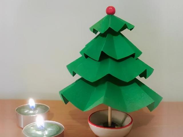 小学生手工简单又漂亮,7款圣诞树手工制作,比买的还好看,用的材料也是非常简单!收藏