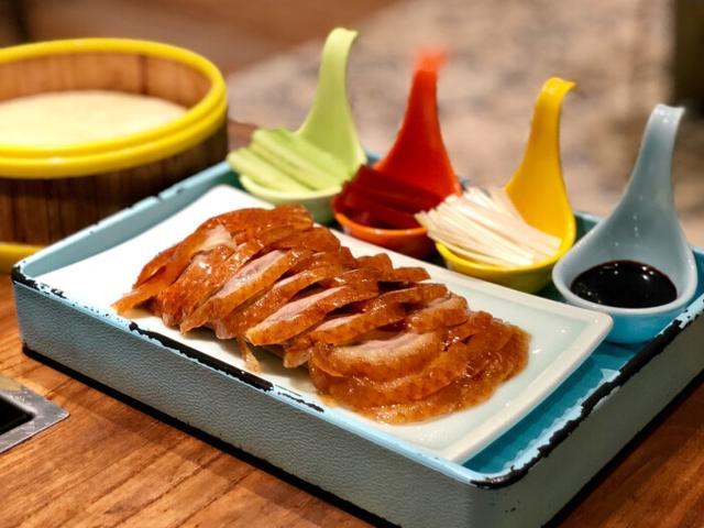 鸭饼的吃法,吃了这么多年烤鸭,你真的吃对了吗?这三种吃法教给你
