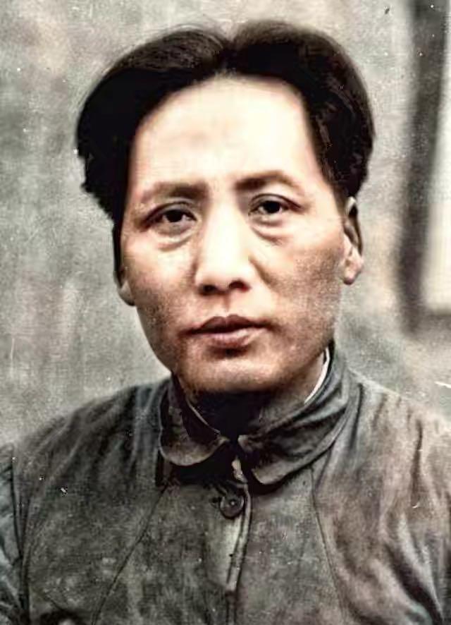 红星照耀中国好句,一首被毛主席丢弃的诗,被人从垃圾篓里捡出,多年后,成不朽名作