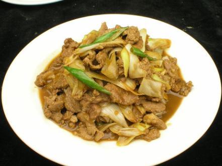 葱爆羊肉的做法,教你葱爆羊肉正宗做法,做好的羊肉膻味全无,细嫩鲜香,越吃越香