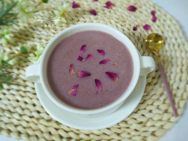 银耳红枣汤的做法,夏天,这汤多给家人喝,清甜滋补,比牛奶还香,女生尤其要多喝