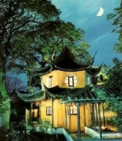 """月亮寓意,古人写诗为什么喜欢借""""月亮代表我的心"""",而不是太阳呢?"""