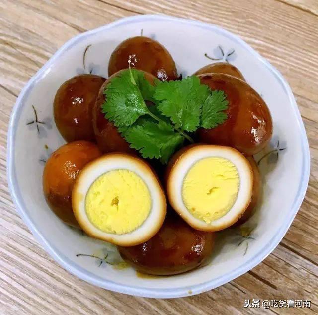 乡巴佬鸡蛋的做法,经典小零食——乡巴佬鸡蛋的正宗做法,学会了可以天天吃