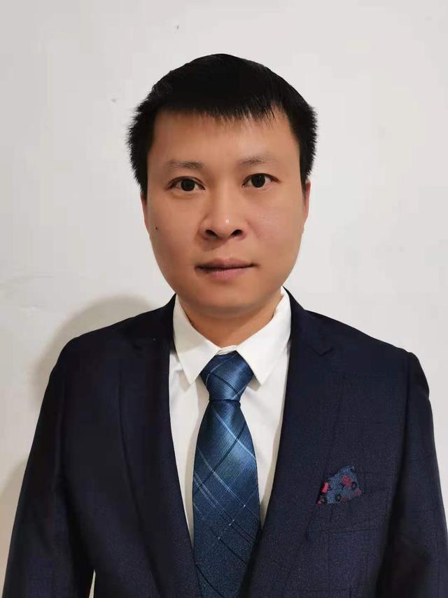 中国人寿保险公司小河分公司周廷文——将心比心,传递温暖
