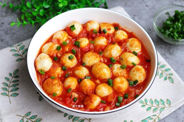 鹌鹑蛋的做法家常做法,鹌鹑蛋的绝妙做法,外酥里嫩,酸甜下饭,大人小孩都爱吃