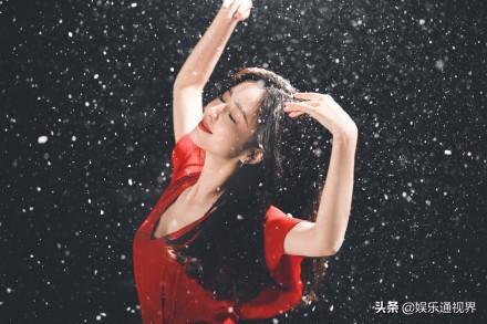 张杰新歌MV佟丽娅雪中起舞飘逸灵动 全球新闻风头榜 第3张
