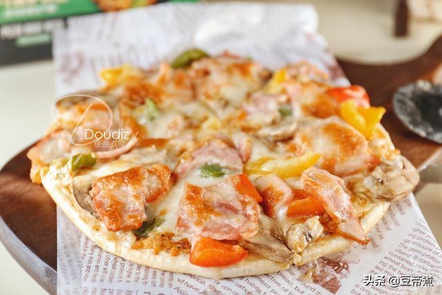 家庭烤箱烤披萨的做法,真相了,自己烤披萨,不拉丝不好吃的原因在这,从起步你就做错了