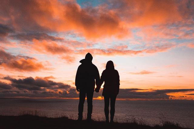 关于爱情的英文诗,外国经典爱情诗五十首,总有一首你喜欢!