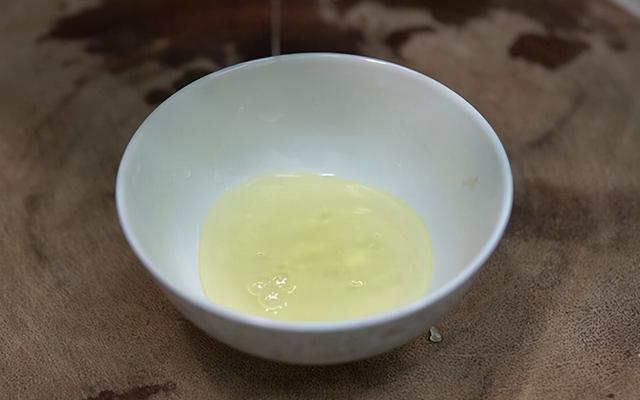 米酒汤圆的做法,酒酿元宵新做法,多加1种食材,好看又好喝,年夜饭上的压轴甜汤