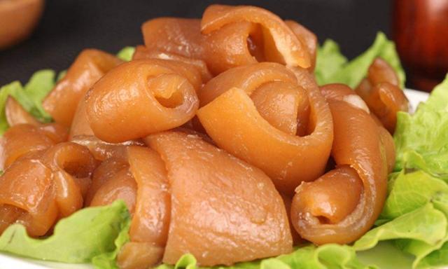 怎么做瘦肉,猪皮5种最好吃的做法,每种都简单美味,看看你喜欢吃哪种?