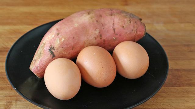 山芋的吃法,太香了,这才是红薯最好吃的做法,营养又解馋,出锅全家人抢着吃