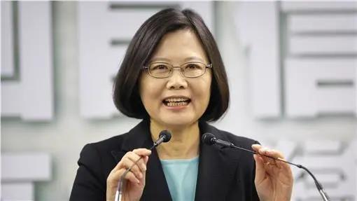 台湾的名人,《台湾新闻脸》:台湾政坛2020年度人物