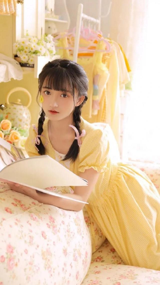 萝莉图片,清新萝莉美女黄裙写真