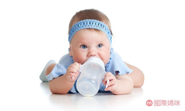 婴儿奶粉销售排行榜,排名前十的婴儿奶粉哪款好,看看你家宝宝的奶粉在榜吗?