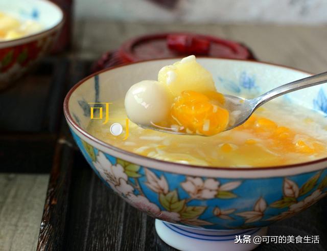 酒酿圆子的做法,冬天也能暖暖地吃水果?只要做一碗香甜的水果酒酿圆子,好吃不贵
