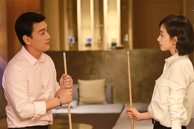 名人的图片,霸道总裁王耀庆,几乎零绯闻,娶妻娶青梅,是女人心中的老公典范