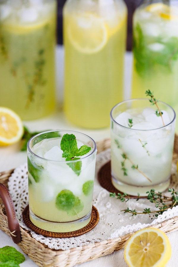 柠檬水怎么做,自制必备夏季解暑饮料!用柠檬做3款柠檬水也太爽了吧