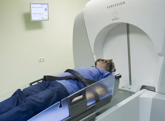 新华每日电讯:医生揭肿瘤治疗黑幕后,删了帖子但删不了问题 全球新闻风头榜 第1张