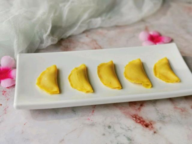 蛋饺的做法,给小宝宝做蛋饺,方便食用,好消化,做法很简单