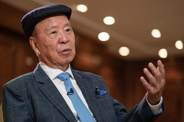 16岁成上百万富商那时候能买下来中国香港一条街,后一夜间变成