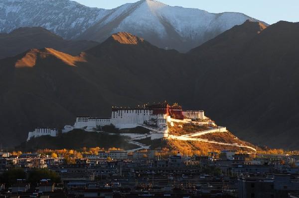 西藏旅游景点,西藏不可不去的十大美景,一个比一个强,大多数人都去不全