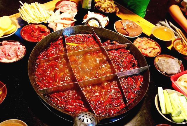 重庆特色美食,重庆4道味道最佳的特色美食,每一道都是我最爱,你一定会满意的