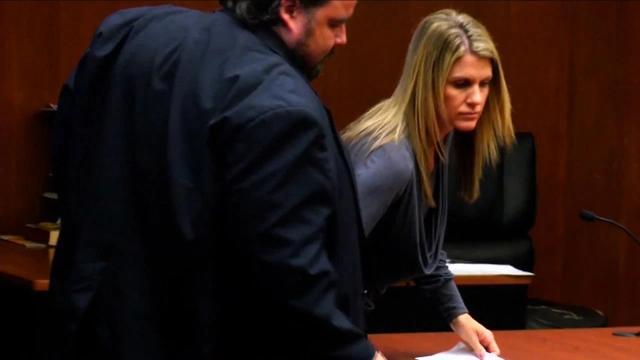 美国母亲用香烟及酒先后引诱女儿2名男朋友,涉嫌性侵未成年被捕 全球新闻风头榜 第3张