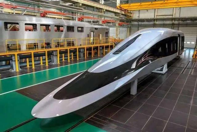 磁悬浮列车图片,世界首台高温超导磁悬浮列车,时速620公里,中国制造又创新纪录