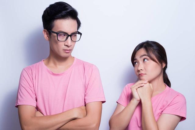 和女生道歉最管用的话,做错事怎么哄女朋友,5个步骤,你学会了吗?